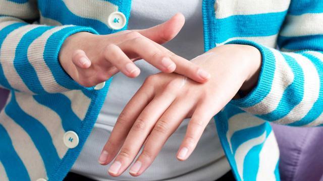 Чесотка: первие признаки, симптоми, лечение, средства